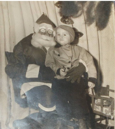 toad face santa